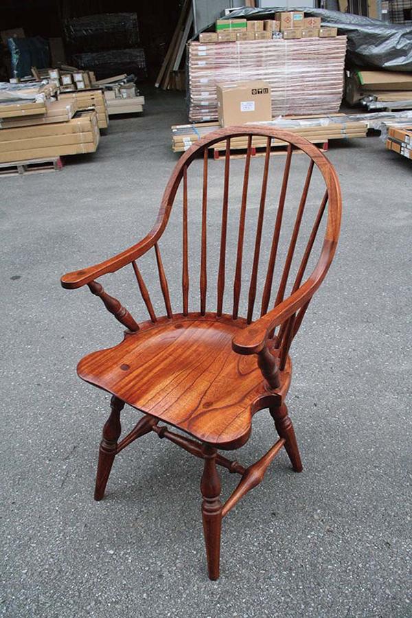 フィンガーチェア 木製 ミンディ ガーデンチェアー 1人掛け いす 椅子 ひとりがけ チェア テラス カフェ おしゃれ モダン レトロ 高級感