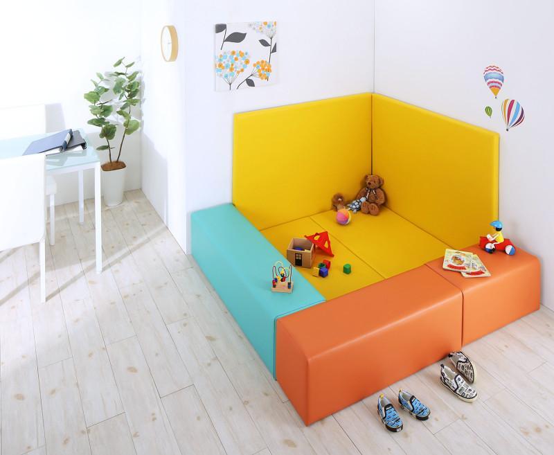 法人様必見。子供に安全安心のコーナー型キッズプレイマット Pop Kids ポップキッズ 7点セット フロアマット2枚+スツール3枚+壁面マット2枚 155×155