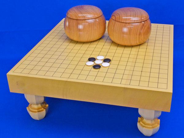 囲碁セット ヒバ2寸ハギ足付碁盤セット(蛤碁石25号・桜碁笥大)