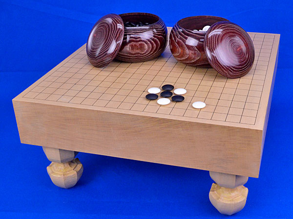 囲碁 新桂3寸足付碁盤セット(蛤碁石25号・栗碁笥大)