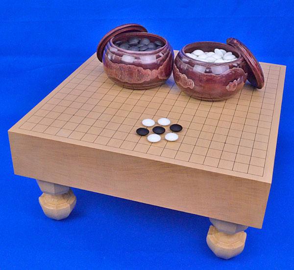 囲碁 新桂3寸足付碁盤セット(ガラス碁石竹・栗碁笥特大)