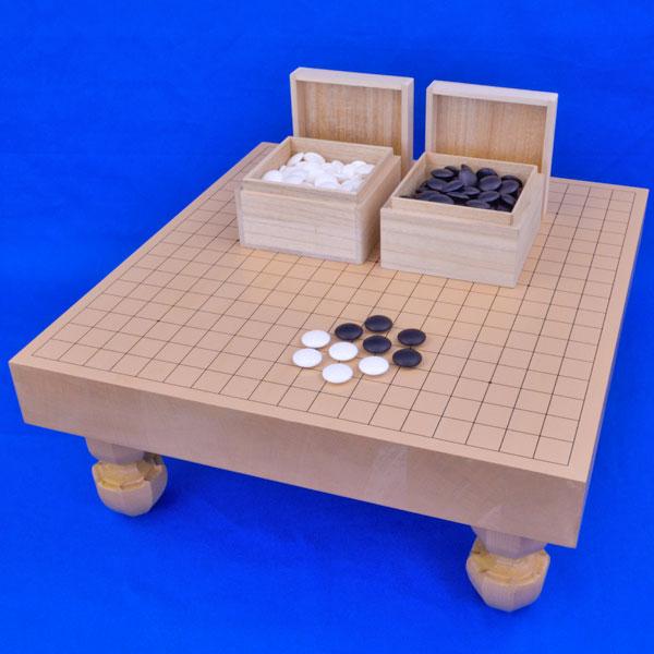 囲碁セット 新桂2寸ハギ足付碁盤セット(蛤碁石22号・桐製角箱)