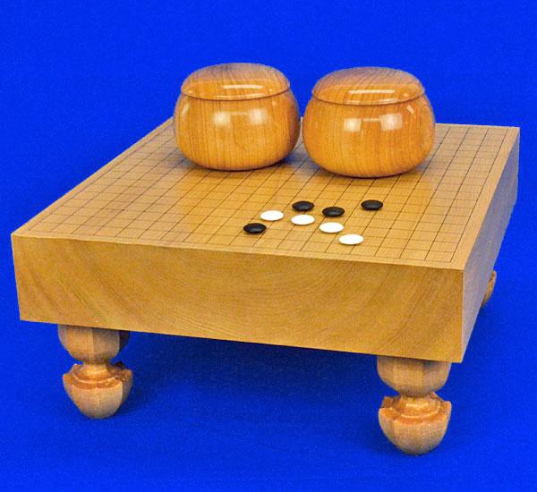 囲碁セット 本桂3寸足付碁盤セット(蛤碁石28号・桜碁笥大)