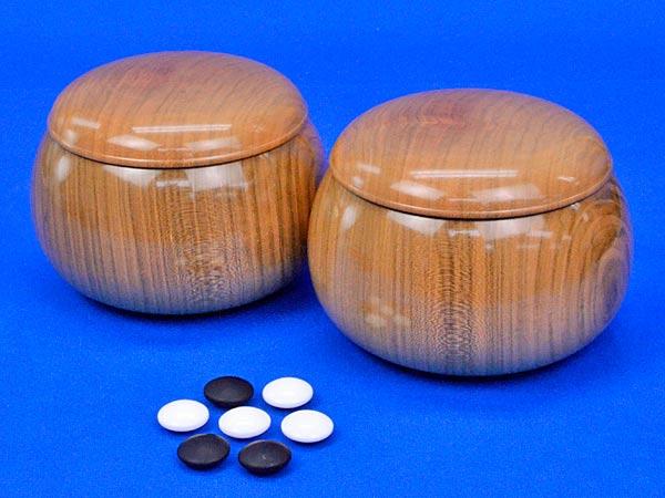 硬質ガラス碁石 新生 松(厚み約10mm)(木製碁笥桜特大付き)