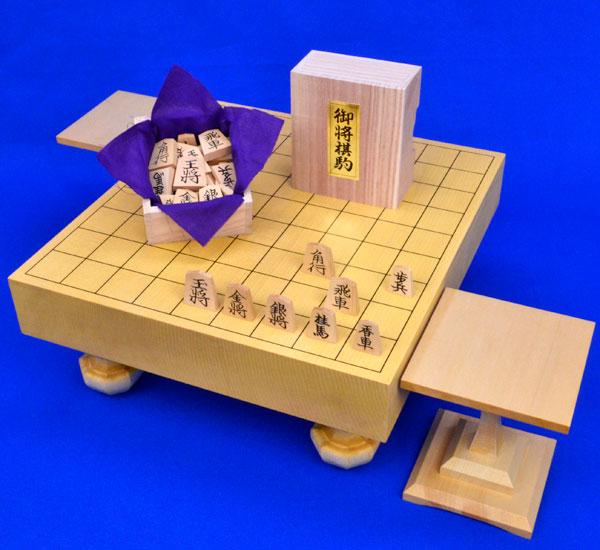 将棋セット 新かや2寸一枚板足付将棋盤セット(木製将棋駒黄楊上彫駒)