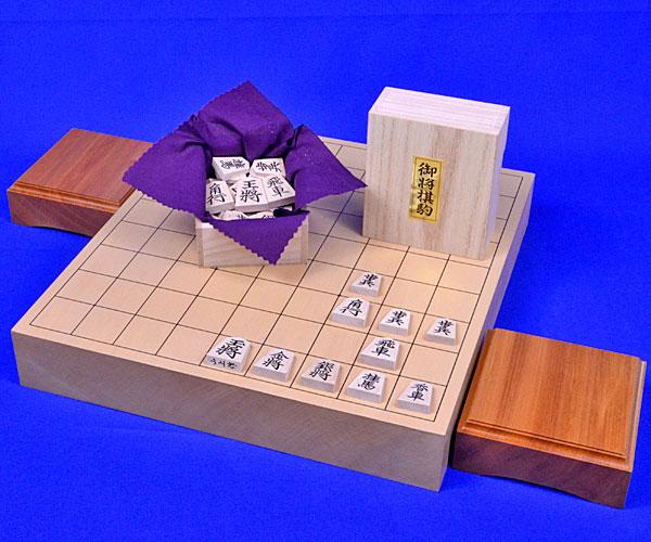 将棋セット 新桂2寸ハギ卓上将棋盤セット(木製将棋駒楓上彫駒)