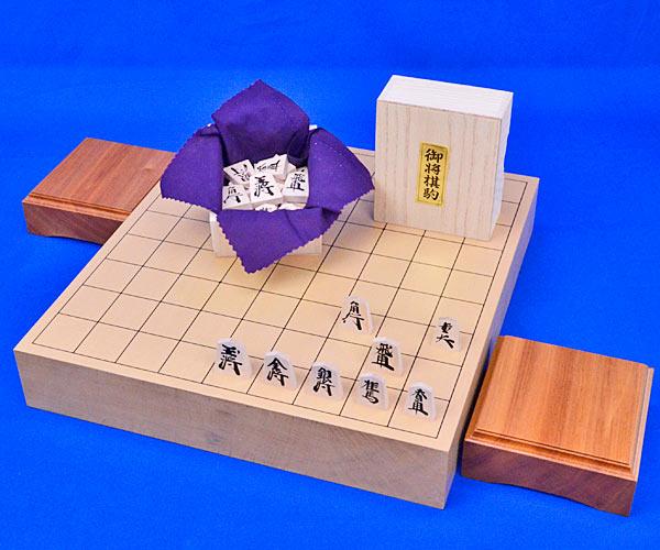 将棋セット 新桂2寸ハギ卓上将棋盤セット(木製将棋駒楓漆書き駒)