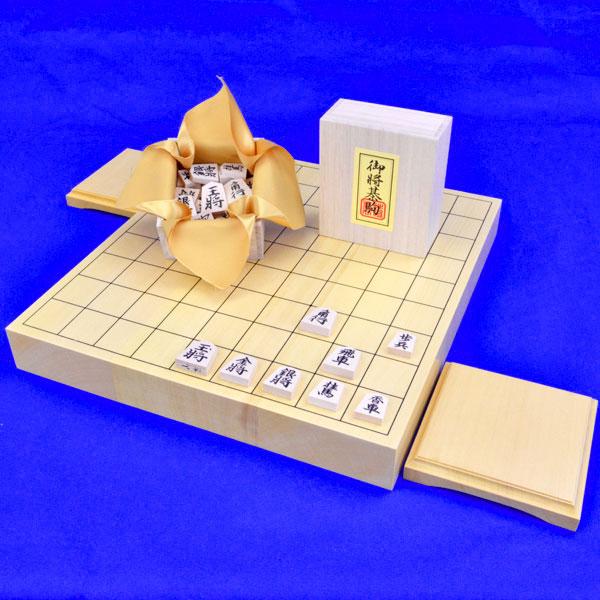 木製将棋セット ヒバ1寸5分卓上将棋盤セット【特売品】(木製将棋駒白椿上彫駒)