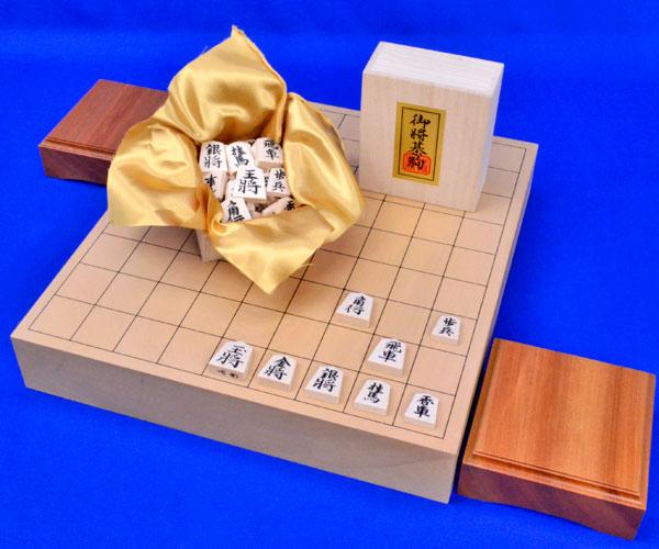 将棋セット 本桂2寸一枚板卓上将棋盤セット(将棋駒白椿上彫駒)