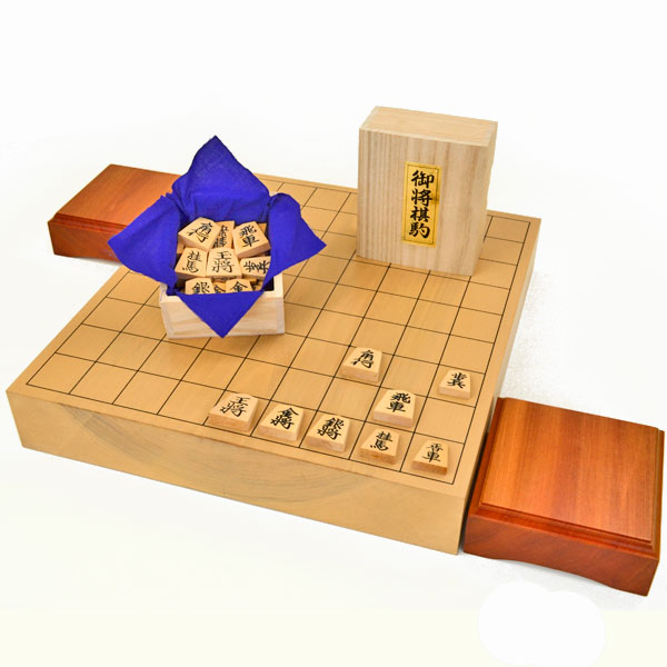 北海道産本桂2寸一枚板卓上将棋盤セット【特売品】(将棋駒黄楊上彫駒)