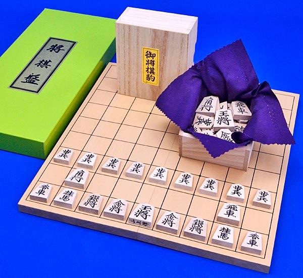 将棋セット 新桂5号折将棋盤セット(木製将棋駒楓上彫駒)