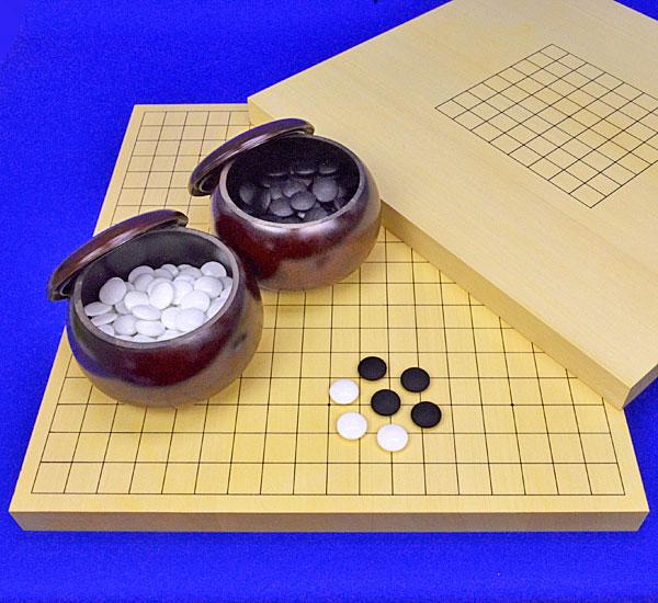 囲碁セット 9路19路両用ヒバ1寸卓上碁盤セット(ガラス碁石梅・プラ銘木大)