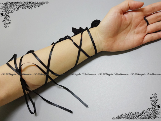 Fingerless embroidery glove ☆ black (g275) which there is reason in