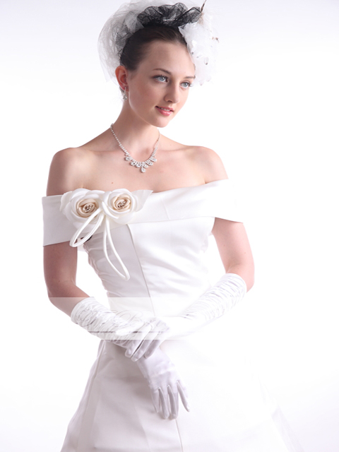 Custom wedding dress off shoulder adult a-line offshore classic, classy dress up ♪ bride wedding abroad wedding wedding off-white white corsage ★ No.5-25 ★ large small large small