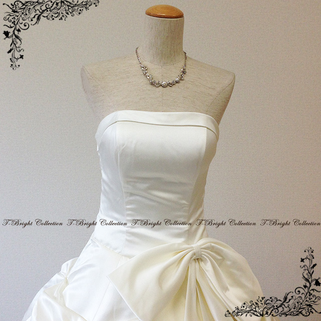 Simple dress ☆ wedding dress ★ 9 - 11 /11 - 13 (off-white) 01858FK with the wedding dress princess line sense of quality