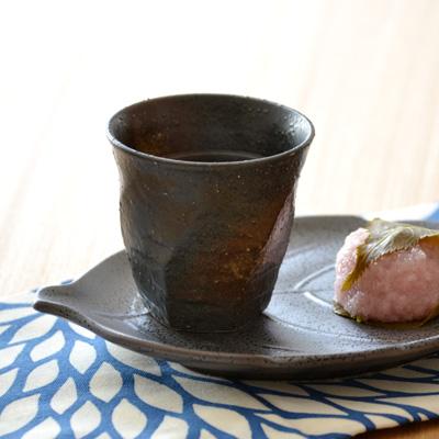 日式餐具/螺纹型餐杯/烧酒杯/日本制造/黑色食器/茶杯