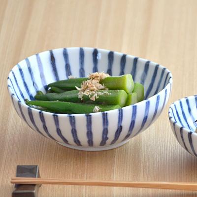 和食器 4.5寸小鉢 染付け ダミ十草