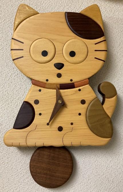 振り子式 ネコのインテリア時計 送料無料激安祭 ブランド激安セール会場