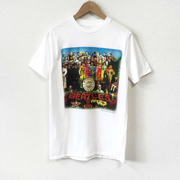 263b9e635 tab11: Lock T-shirt band T-shirt The Beatles the Beatles Sgt Peppers ...