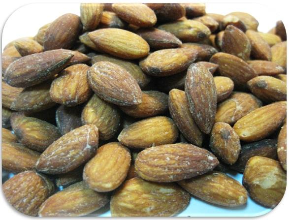 アーモンド 世界美食探究 カリフォルニア産 ナッツ 有塩ナッツ (薄塩オイルロースト仕上げ) 10kg(1kg×10袋) 【業務用】