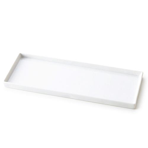スーパーアウトレット品の為、数量限定でお値打ち価格♪シンプルな長角プレート他の形状と組み合わせて、新しいコーディネートを楽しもう♪ 【B級品 スーパー アウトレット】ミラノレクタングルL 32.5×12cmプレート日本製 磁器 白い食器 とんかつ皿 トンカツ皿 おしゃれ 角皿 長方形 食器 白 さんま皿 サンマ カフェ風 前菜皿