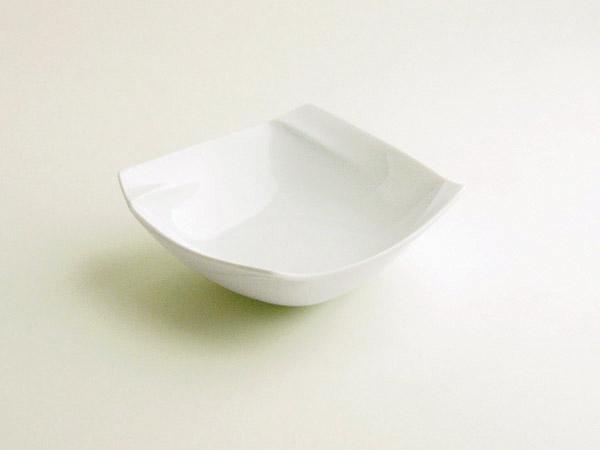 和 洋 即納最大半額 中 いろいろな食のシーンに合う 個性的で使いやすい器 ポイント5倍 買物 期間限定 miyama オビ obi 深山 ボール 16cm