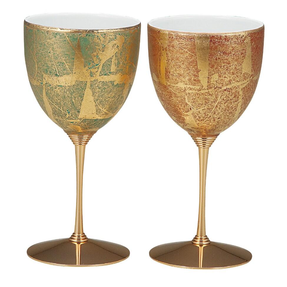 ワイングラスとしても、インテリアとしても美しい!テーブルを華やかに彩るワンランク上のグラスは、いかがでしょうか。 伝統工芸品 贈り物にも最適!九谷焼♪ペアワイングラス♪金箔彩