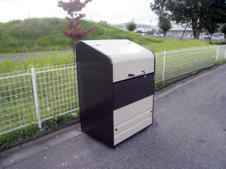 【18%OFF】 サンキン 激安 高耐久ゴミボックス 家庭用,マキタ SGB-D600 ふた式 リサイクルボックス ゴミ箱 置き場,物置 屋外 ゴミステーション:タックオンライン 店, 香寺町:c08cc16f --- gtd.com.co