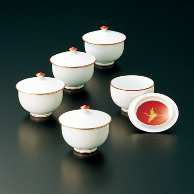送料無料 和食器 たち吉 瑞鶴 お茶呑茶碗 木箱入 湯呑み 湯飲みセット おしゃれ 504-0024 おもてなし お茶 接客 来客用 おめでたい席に たちきち