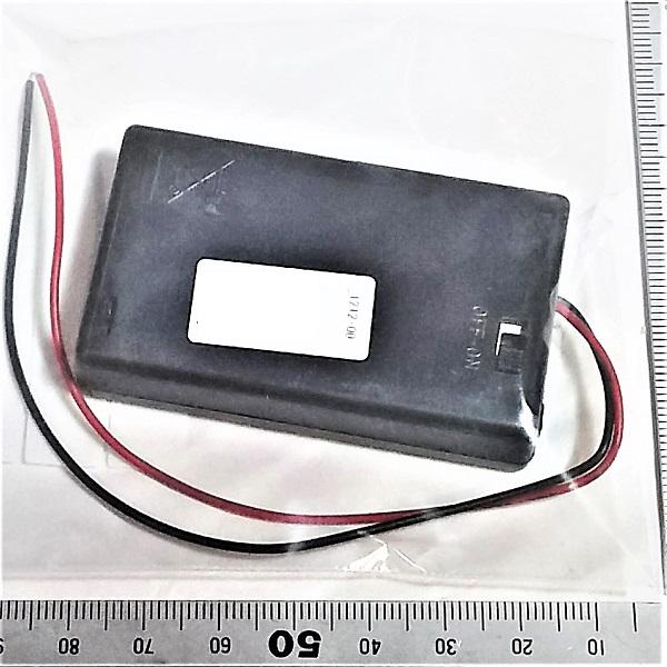 携帯予備にも 乾電池BOX電線付 単4×3本用 送料140円 発売モデル 4.5v 蓋スイッチ付 格安激安
