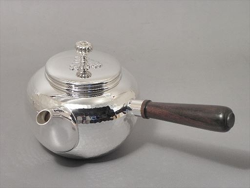 茶器・茶道具純銀製 丸型槌目打 横手急須喜多 庄兵衛作