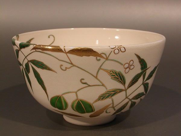 茶碗 色絵 風船葛(かずら)画、 相模竜泉作