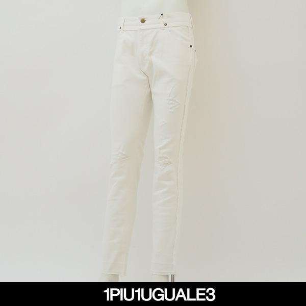 1PIU1UGUALE3(ウノピゥウノウグァーレトレ)ストレッチデニムパンツホワイトMRP338 CTU160