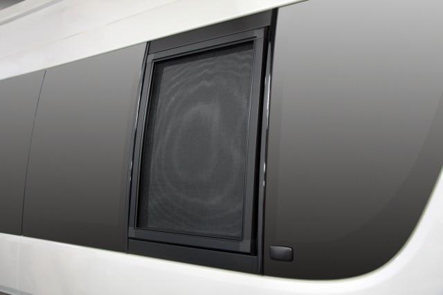 【ユーアイビークル UI vehicle】ハイエース 等にお勧め スクリーンドア2枚セット 標準・ワイドS-GL / バンDX(5ドア車)用 小2枚セット 型式等:200系