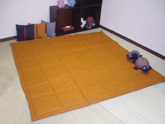 おこた敷きふとん(こたつ敷き布団)正方形サイズ