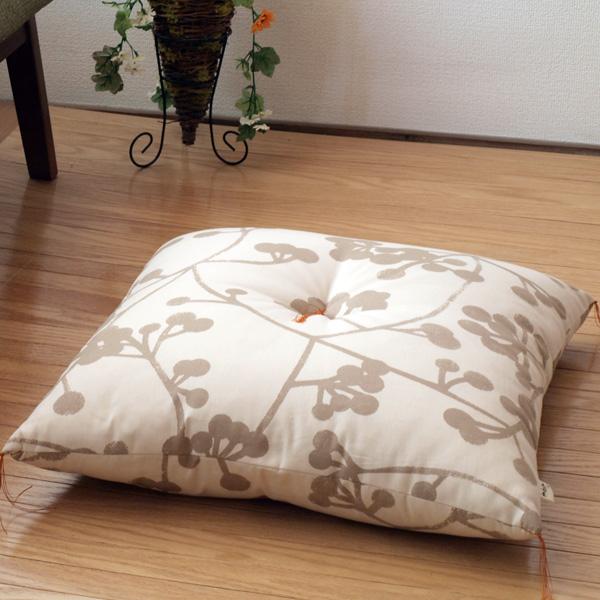 伝統の京都の職人の手作りによるお座布団洋室 毎日続々入荷 フローリングでも和室 畳でもOK 座布団 クッション 銘仙判 55×59 柄 おしゃれ かわいい トロムソ 安心と信頼 北欧 綿100% 洛中高岡屋 京都 日本製