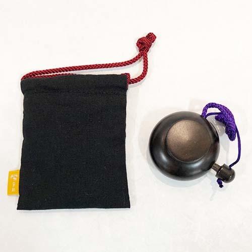 塗香入れ等をお納めいただける巾着袋です 素材:袋 綿 お得なキャンペーンを実施中 100% アウトレットセール 特集 紐 塗香入れ収納用の巾着袋 レーヨン100%