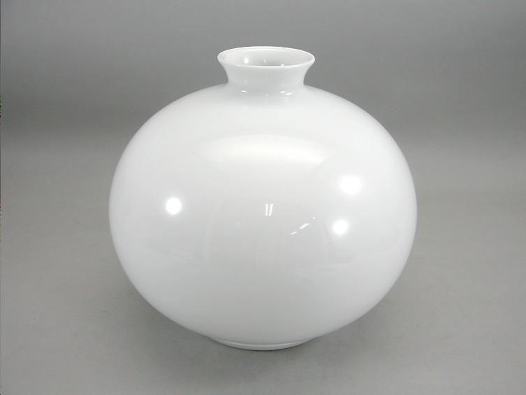人間国宝 井上萬二作 白磁丸形壺 (径 約22.5cm 高さ約21cm)