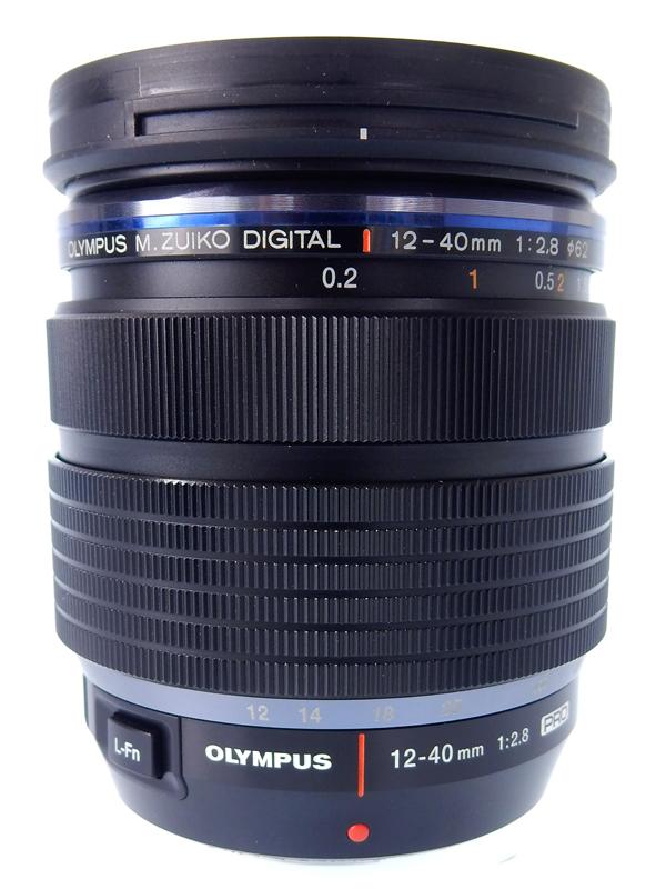 【OLYMPUS】オリンパス『M.ZUIKO DIGITAL ED 12-40mm F2.8 PRO』マイクロフォーサーズマウント 24-80mm相当 デジタル一眼カメラ用レンズ 1週間保証【中古】b02e/h12AB