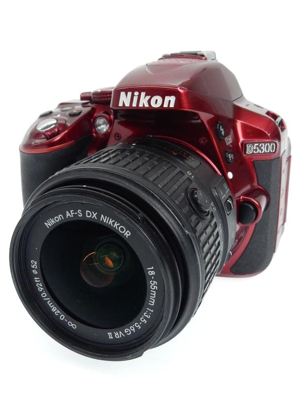 【Nikon】ニコン『D5300 18-55 VR IIレンズキット』レッド 2416万画素 ニコンFマウント 3.2型 デジタル一眼レフカメラ 1週間保証【中古】b06e/h17BC