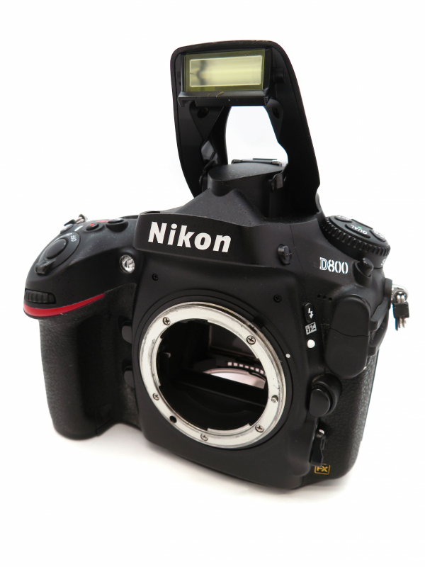 【Nikon】ニコン『D800 ボディ フルサイズ ニコンFマウント』デジタル一眼レフカメラ 1週間保証【中古】b03e/h03AB