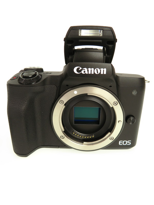 【Canon】キヤノン『EOS Kiss M ダブルズームキット』ブラック 2410万画素 SDXC 4K動画 ミラーレス一眼カメラ 1週間保証【中古】b06e/h16A