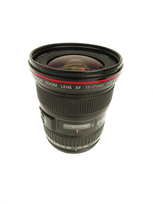 【Canon】キヤノン『EF17-40mm F4L USM』EF17-404L 超広角ズーム 一眼レフカメラ用レンズ 1週間保証【中古】b06e/h18B