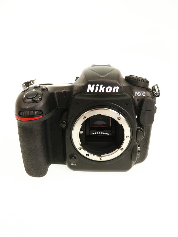 【Nikon】ニコン『D500 ボディ』2088万画素 DXフォーマット ISO51200 Wi-Fi XQD/SDXC 4K動画 デジタル一眼レフカメラ 1週間保証【中古】b06e/h17AB