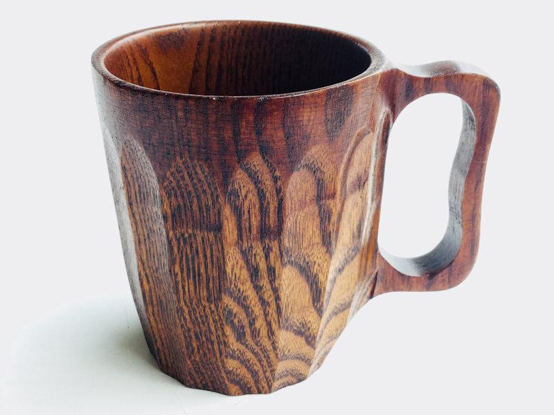 木目の風合いが美しく とても丈夫な くりぬきビアカップ です 簡単お手軽漆器:くりぬきビアカップ 1客:木製漆塗り 大きいサイズ カフェ 結露しにくい 業界No.1 壊れにくい おしゃれ プレゼント ギフト 保温 アウトドア 送料無料 新品 かわいい