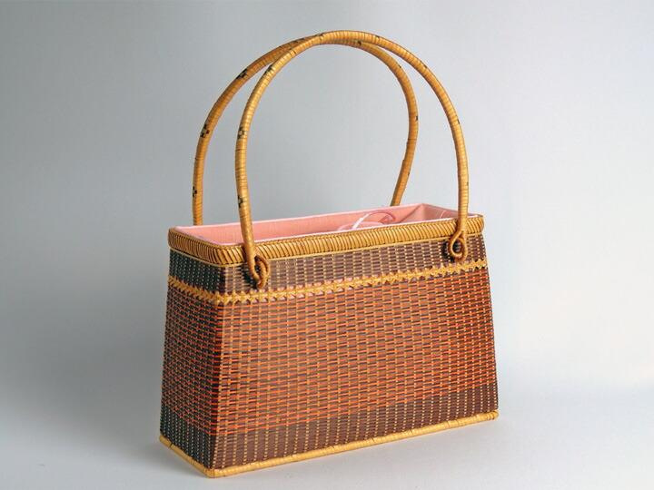 ござ目バッグ 赤 角 竹製 竹かご 竹バッグ かごバッグ かご 篭 籠 和風バック 自然素材 かわいいかごバック
