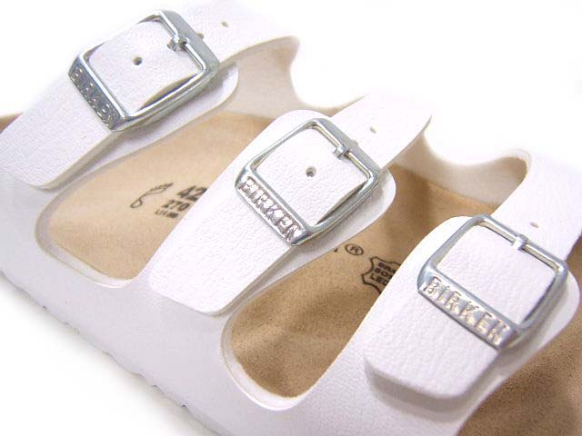 36da67eb2 ... Fascinated by the feet with slender 3 strap I ♪ Birkenstock Florida  054733 / white