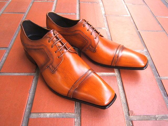 シンプルながら落ち着きのあるブリティッシュスタイル!KATHARINE HAMNETT LONDON キャサリン ハムネット ロンドン紳士靴 31505 ブラウン ストレートチップ スクエアトゥ ビジネス 送料無料