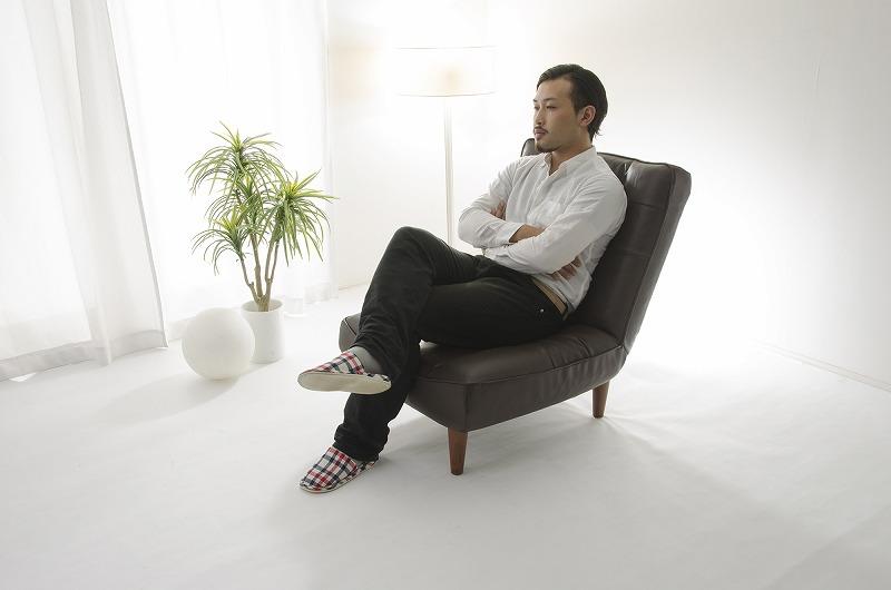 【送料無料】脚付き座椅子 Lulu 一人掛け【オットマン(足置き)は含まれません】【沖縄・離島へは配送できません】