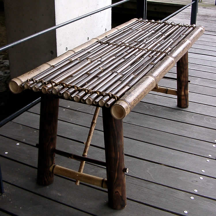 Enjoying the evening cool in Japanese bamboo benches Tiger 竹縁 single fold-in